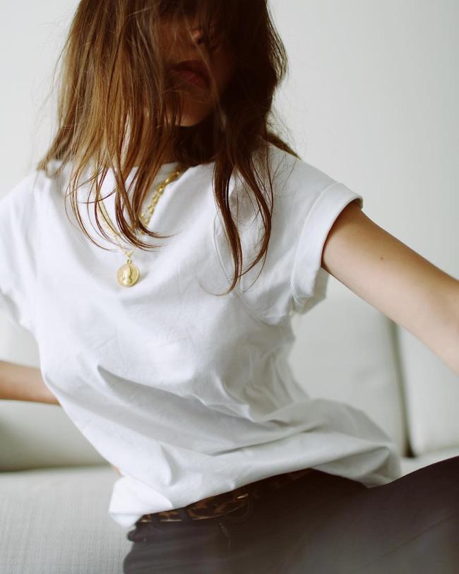 9 mẹo chọn trang phục nghe thì tưởng đơn điệu nhưng kỳ thực lại giúp chị em ghi điểm tuyệt đối với người đối diện - Ảnh 7.