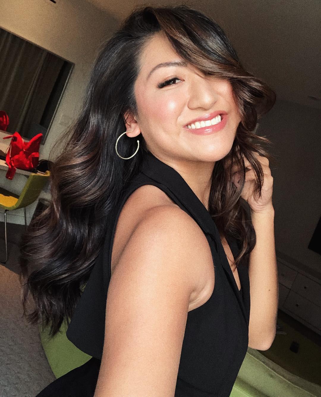 Bỏ tô trát đậm để makeup nhẹ theo Công nương Meghan, nàng beauty editor này đã nhận được hàng loạt điều tuyệt vời - Ảnh 5.