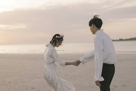 Image uploaded by ㅇㅅㅇ. Find images and videos about love, style and couple on We Heart It - the app to get lost in what you love.