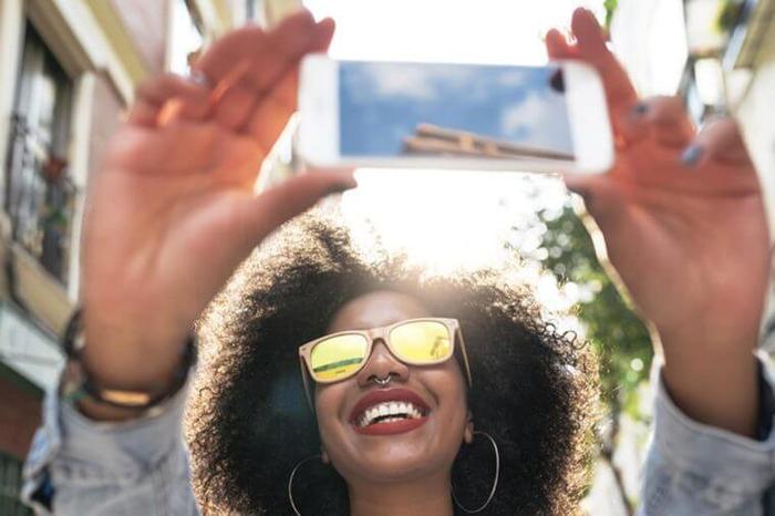 10 thói quen bạn vẫn làm hằng ngày nhưng có thể tiết lộ tính cách