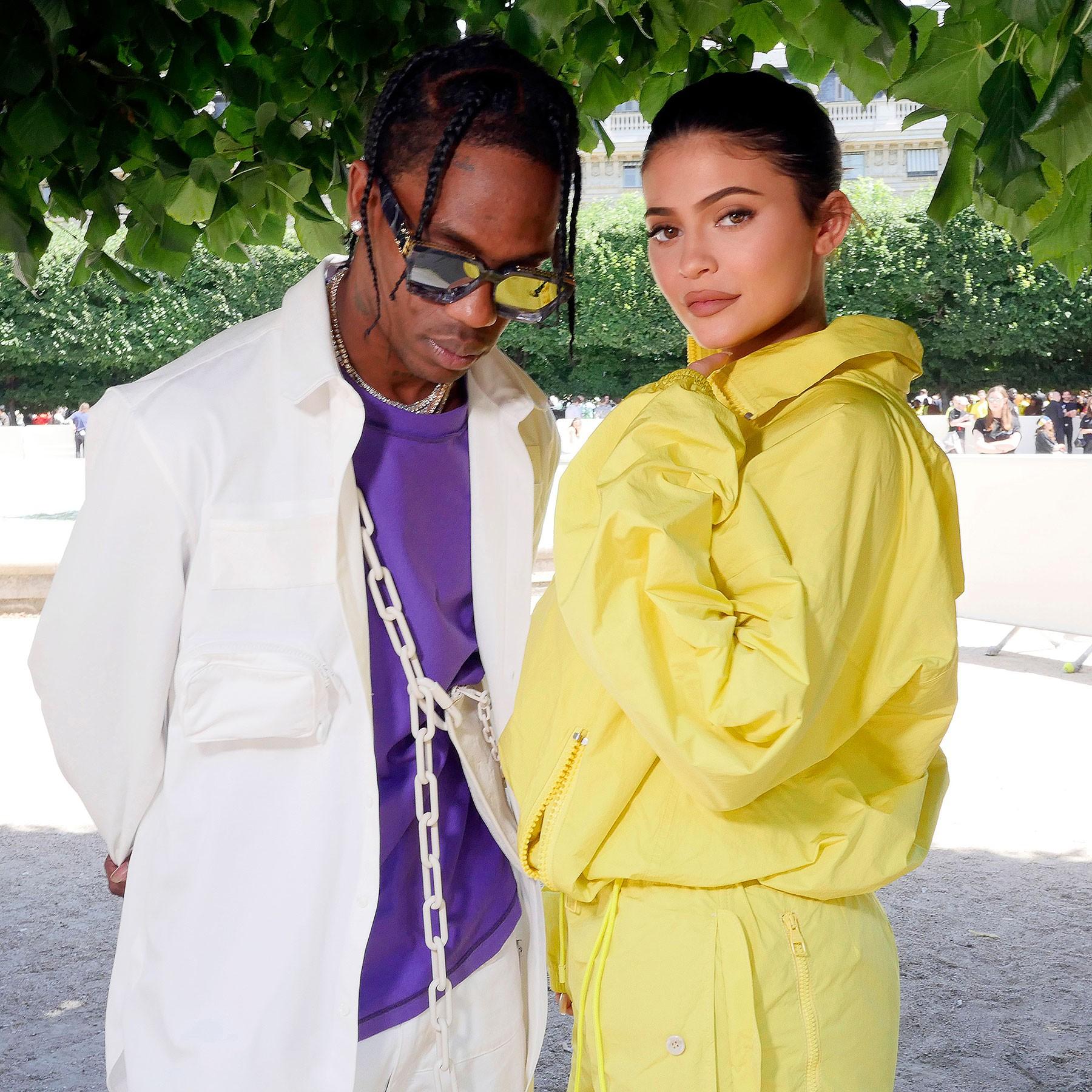 Dính tin đồn ngoại tình, Travis Scott công khai dùng cách đặc biệt này để thể hiện tình yêu với bạn gái Kylie Jenner - Ảnh 2.