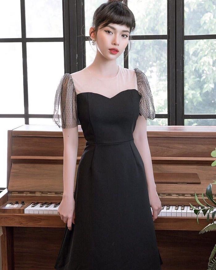 """Tủ đồ của nàng """"sành"""" thời trang phải có ít nhất 1 chiếc váy đen"""