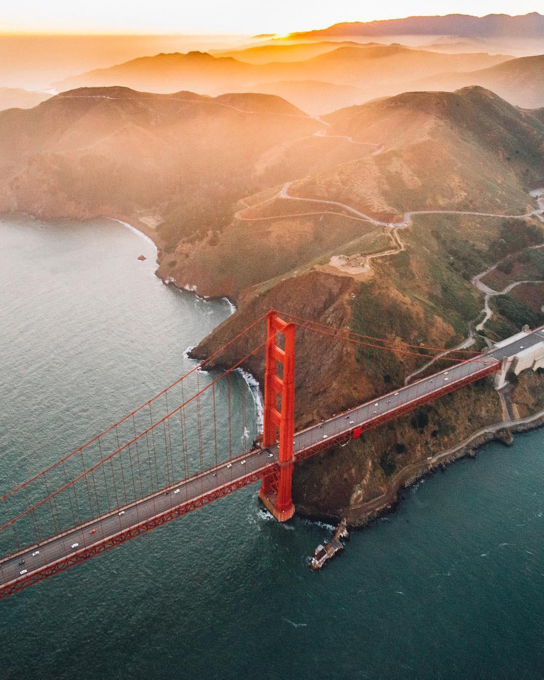 Lên hình đẹp là thế nhưng ít ai biết cây cầu này lại được mệnh danh là bãi tự sát của nước Mỹ - Ảnh 18.
