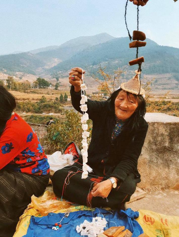 Hành trình khám phá Bhutan trong 5 ngày của cô gái Sài Gòn khiến nhiều người phải ôm mộng ước ao - Ảnh 10.