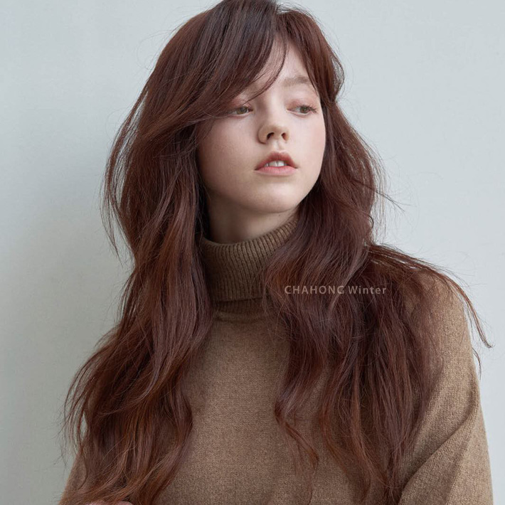 Thử nhuộm tóc nâu đào xinh muốn ngất đi, chắc chắn bạn quên mọi tông nâu đỏ, nâu rêu truyền thống - Ảnh 5.