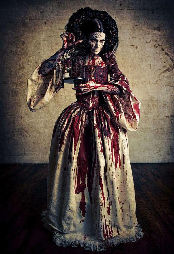 Nỗi ám ảnh xuyên thế kỷ về hồn ma Bloody Mary