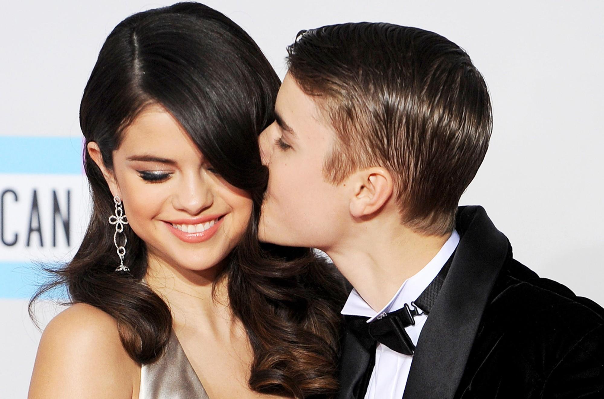 Selena Gomez phản ứng bất ngờ trước lời thừa nhận của Justin Bieber, nhắc đến cuộc hôn nhân giữa anh và Hailey - Ảnh 1.