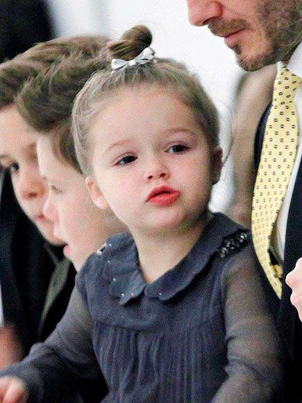 Những cô công chúa nổi tiếng nhà sao Hollywood ngày ấy nay đã lớn: Suri Cruise, Harper Beckham lột xác ngoạn mục - Ảnh 16.