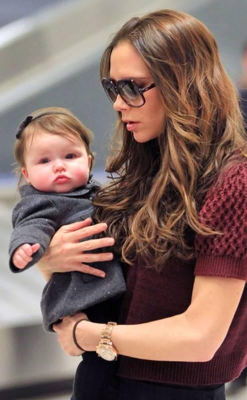 Những cô công chúa nổi tiếng nhà sao Hollywood ngày ấy nay đã lớn: Suri Cruise, Harper Beckham lột xác ngoạn mục - Ảnh 15.