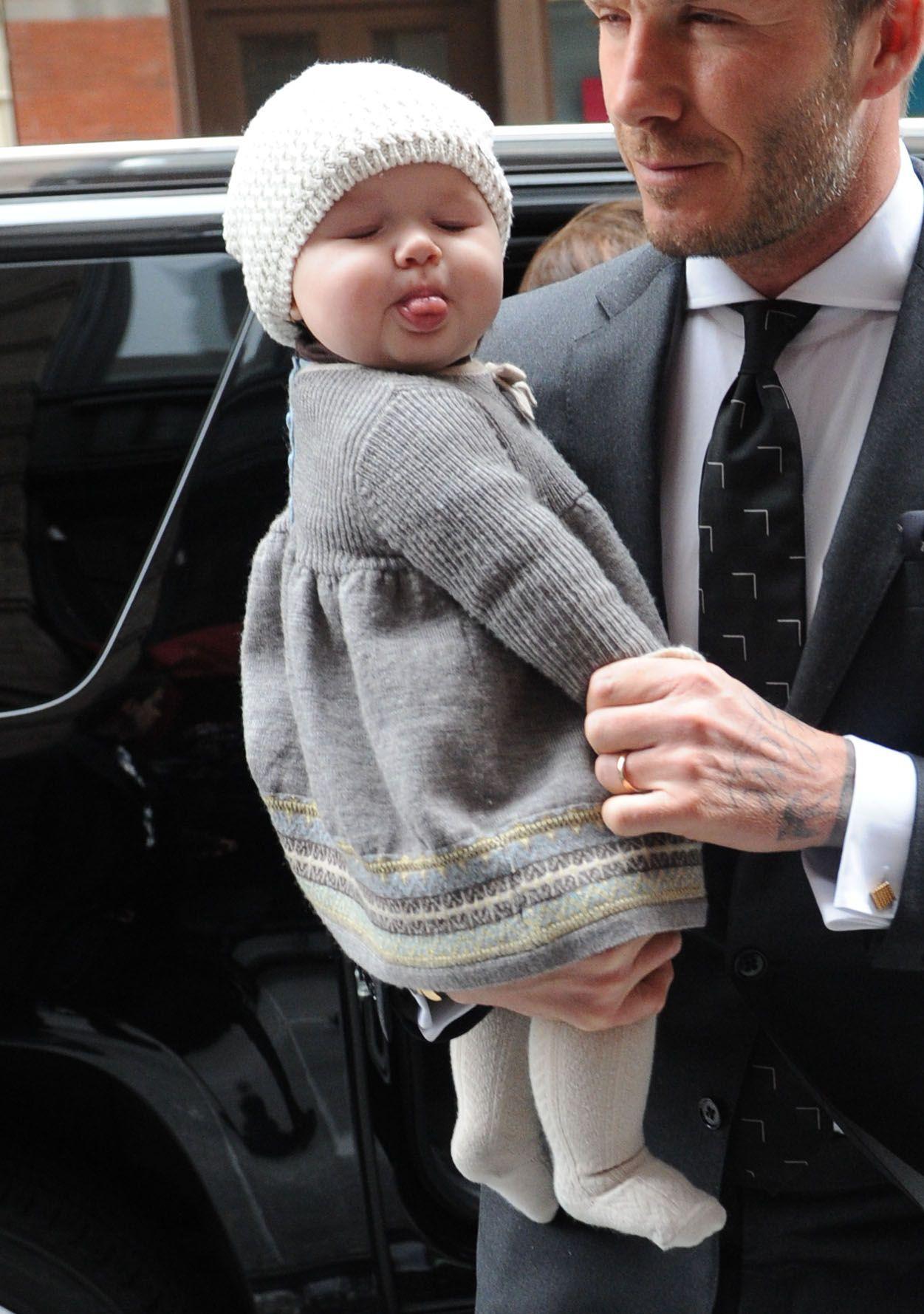 Những cô công chúa nổi tiếng nhà sao Hollywood ngày ấy nay đã lớn: Suri Cruise, Harper Beckham lột xác ngoạn mục - Ảnh 14.