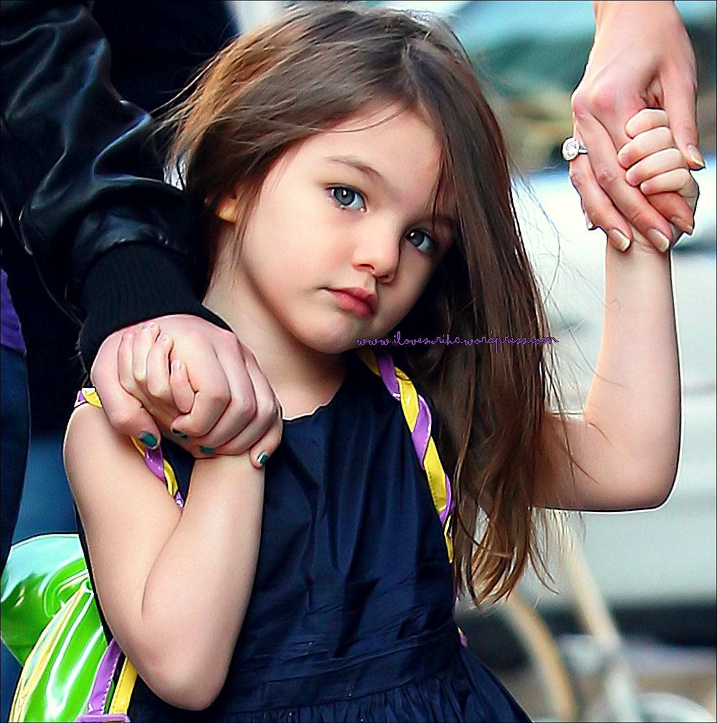 Những cô công chúa nổi tiếng nhà sao Hollywood ngày ấy nay đã lớn: Suri Cruise, Harper Beckham lột xác ngoạn mục - Ảnh 4.