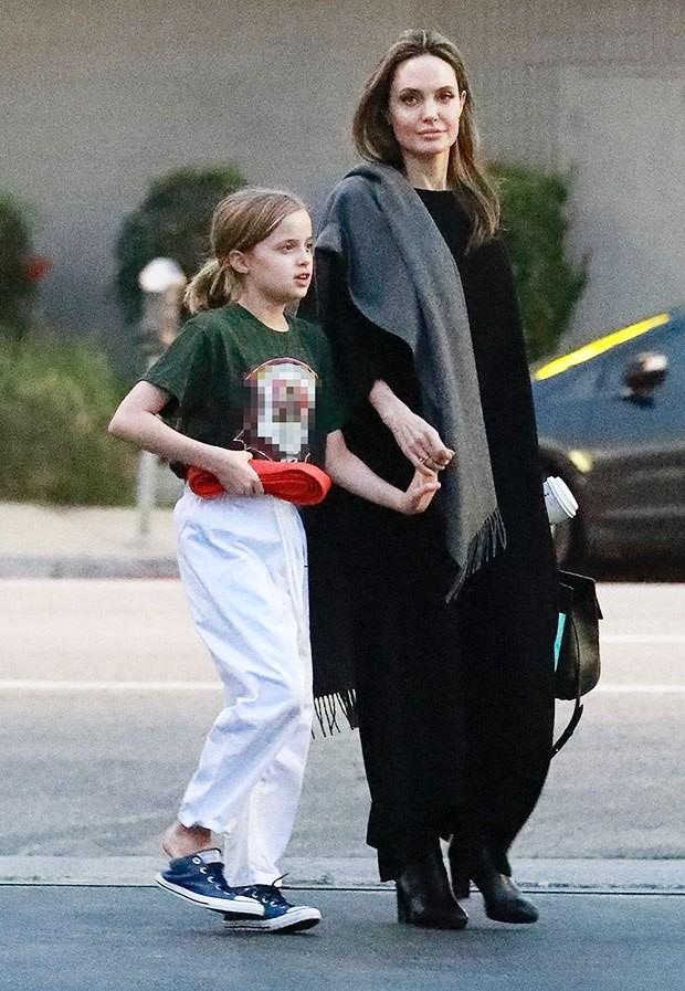 Những cô công chúa nổi tiếng nhà sao Hollywood ngày ấy nay đã lớn: Suri Cruise, Harper Beckham lột xác ngoạn mục - Ảnh 28.