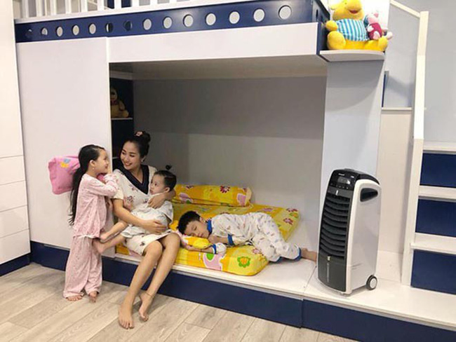 Cuộc sống giàu sang của Ốc Thanh Vân với người chồng kém sắc, từng là học sinh cá biệt - Ảnh 5.