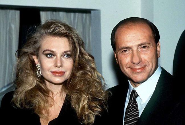 Vợ cựu Thủ tướng Ý: thẳng tay ly hôn ngay khi chồng có dấu hiệu ngoại tình, trả lại hơn 1500 tỷ tiền trợ cấp bởi bản thân đã thừa sức nuôi con - Ảnh 2.