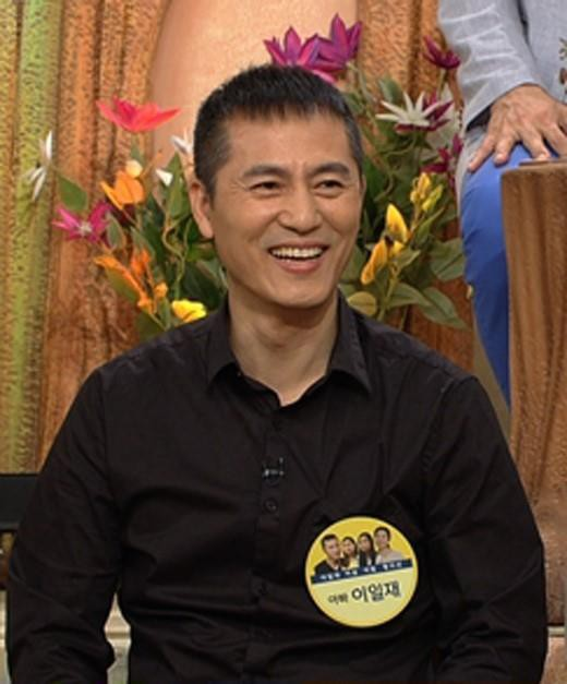 Sáng nay, làng giải trí Hàn chấn động vì một nam tài tử qua đời sau nhiều năm chống chọi với bệnh ung thư - Ảnh 3.