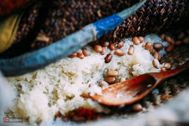 Xôi trong ẩm thực Việt: là bữa sáng ăn vội, cũng là món ăn chứng kiến từng cột mốc đời người - Ảnh 2.