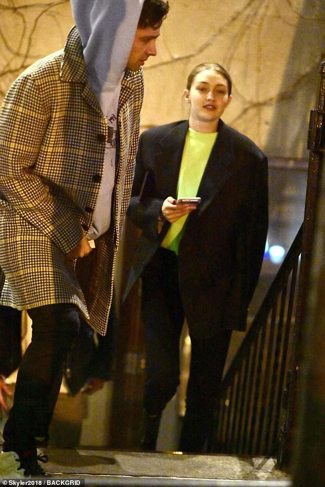Hẹn hò trai lạ, Gigi Hadid bị chính bạn trai cũ Zayn Malik dằn mặt và chửi bới trên Twitter? - Ảnh 3.