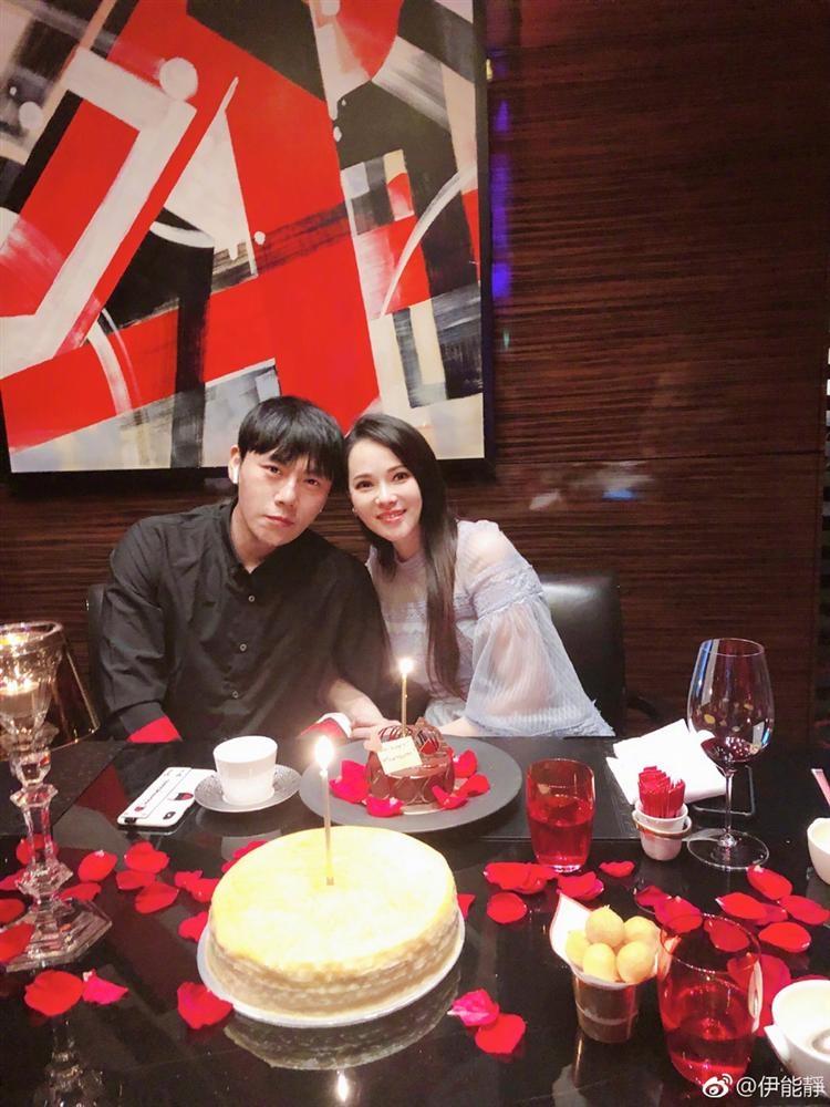 Nhan sắc lão hóa ngược khó tin của mỹ nhân ngoại tình xứ Trung khi bước vào tuổi 50-1