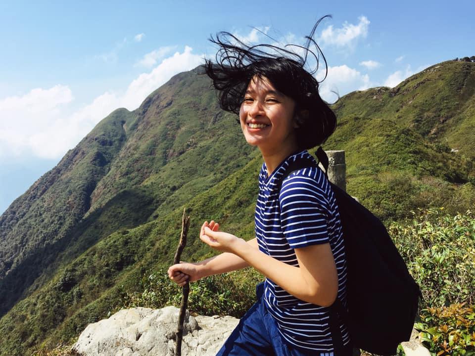 Cười xỉu với hành trình cô gái Sài Gòn mếu máo leo núi Fansipan vì bạn trai rủ: Tình yêu quả là có sức mạnh phi thường! - Ảnh 3.
