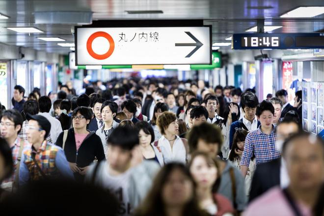 Nhật Bản: 25% thanh niên hơn 20, 30 tuổi vẫn còn trinh và ngại nói về tình dục - Ảnh 3.
