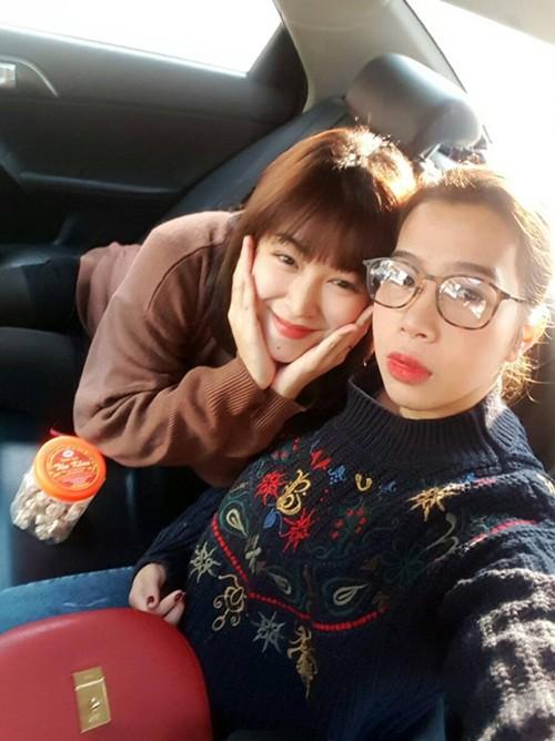 MC Diệp Chi khoe em gái đã bảo vệ thành công luận văn thạc sĩ ở Ý, mong ngày gia đình sớm đoàn tụ - Ảnh 2.