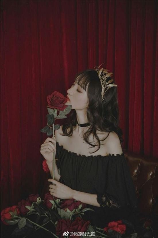 Đi qua những tổn thương, phụ nữ phải là bông hoa hồng có gai, nhìn thì đẹp nhưng động vào thì rỉ máu - Ảnh 3.