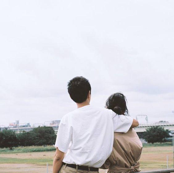 Thời đại của ảnh phim: Đi ba bước ra bãi cỏ, cafe tán gẫu hay giặt ủi công cộng cũng có thể sáng tác ngôn tình