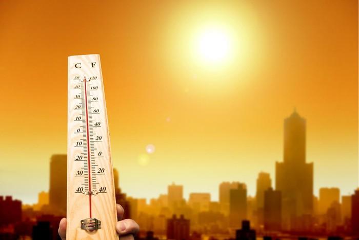 Miền Bắc nắng nóng kỷ lục, người dân dễ mắc phải những bệnh mùa hè gì?
