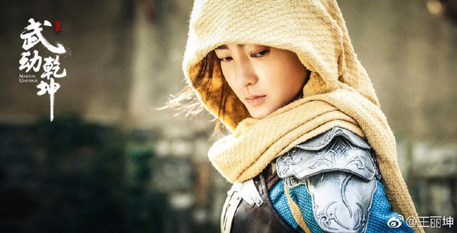 """""""Nữ thần mặt mộc"""" Vương Lệ Khôn: Quá khứ tiểu tam trả giá bằng cái lắc đầu chê bai của mẹ chồng tương lai - Ảnh 6."""