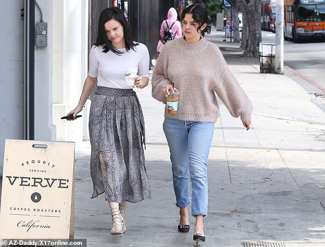 Xôn xao trước loạt hình ảnh phát tướng bất thường của Selena Gomez, nữ hoàng Instagram một thời nay còn đâu? - Ảnh 4.