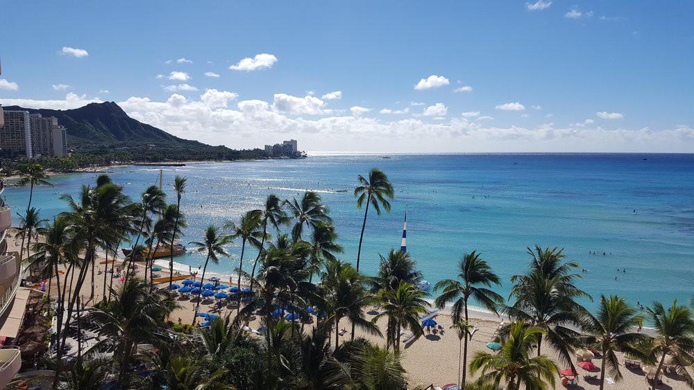 Bãi biển đẹp nổi tiếng thế giới của Hawaii đang gặp vấn đề hết sức nghiêm trọng - Ảnh 2.