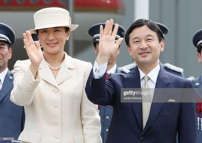 Tân Nhật hoàng Naruhito và vương phi u sầu Masako: Mối tình sét đánh, 6 năm theo đuổi, 3 lần cầu hôn và lời hứa bảo vệ em đến trọn đời - Ảnh 13.