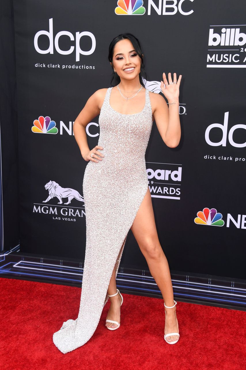 Thảm đỏ Billboard 2019: Taylor Swift sến sẩm bị dàn mỹ nhân ngực khủng át vía, BTS lột xác quyền lực bên quân đoàn sao - Ảnh 34.