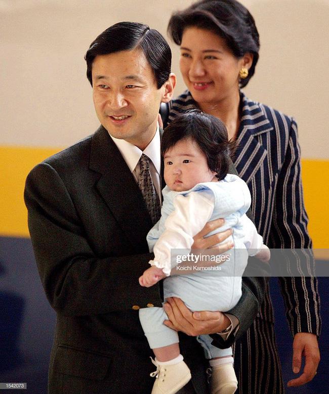 Tân Nhật hoàng Naruhito và vương phi u sầu Masako: Mối tình sét đánh, 6 năm theo đuổi, 3 lần cầu hôn và lời hứa bảo vệ em đến trọn đời - Ảnh 17.