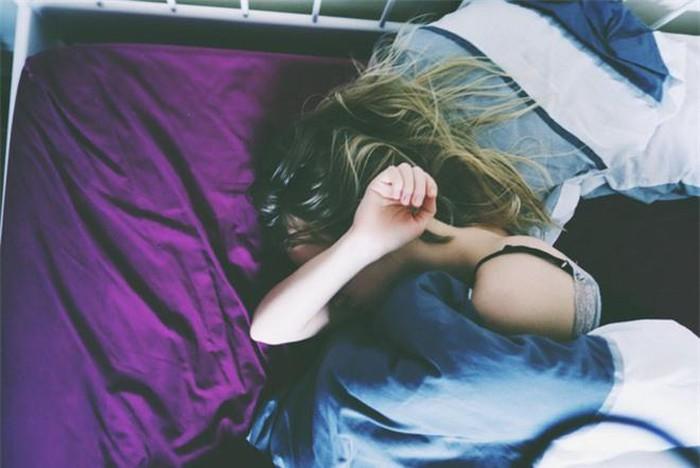 Những kiểu ngủ sai cách khiến sức khỏe của bạn dần đi xuống, thậm chí còn có thể gây tử vong