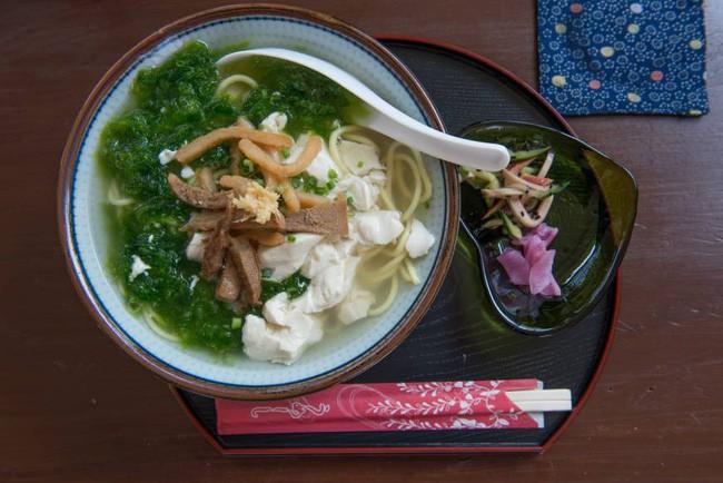 Okinawa - 1 trong những chế độ ăn ở Nhật giúp chị em khỏe mạnh và giữ được cân nặng chuẩn không cần chỉnh - Ảnh 3.