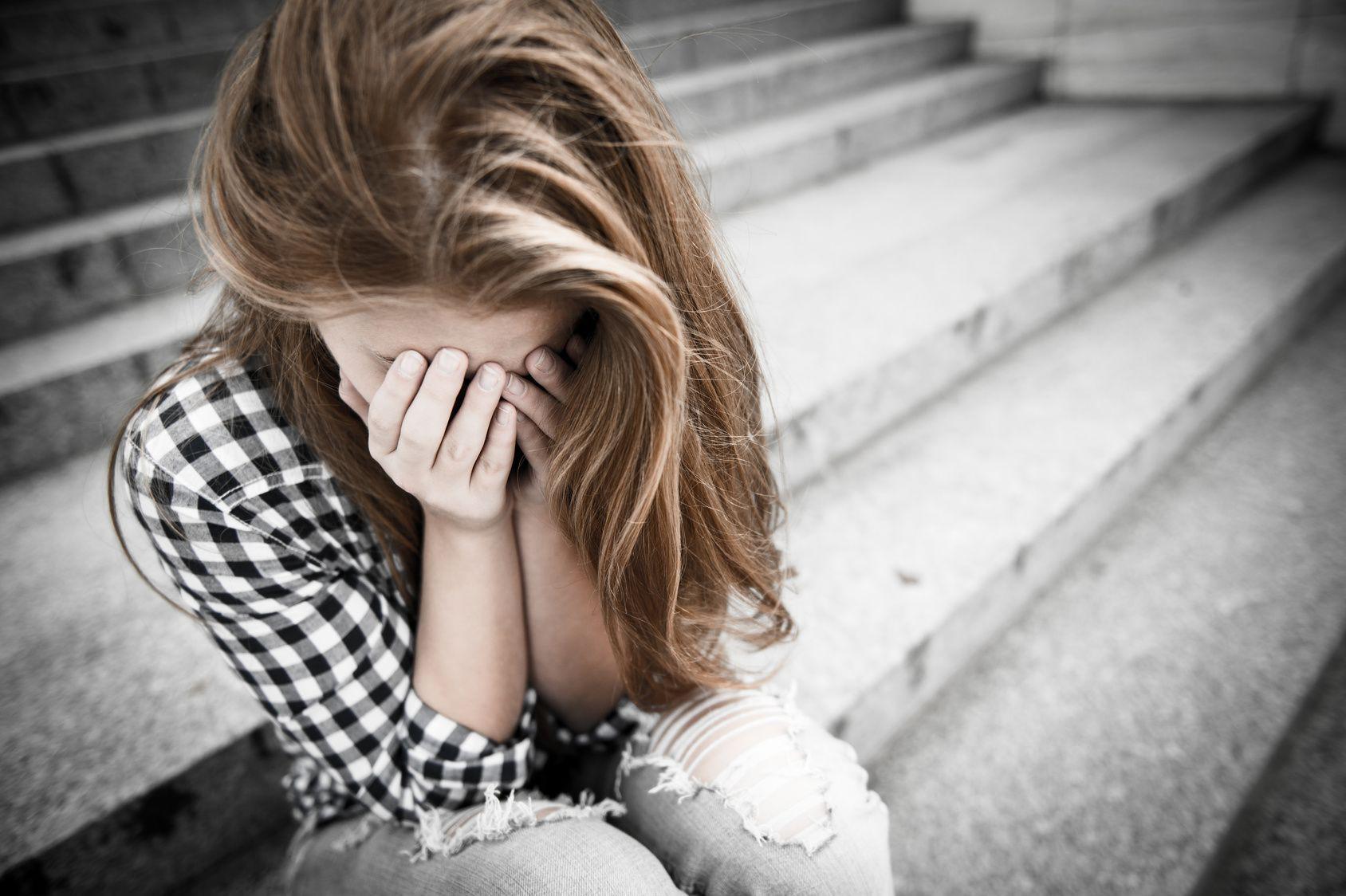 Những cơn đau đột ngột xuất hiện có thể cảnh báo nhiều bệnh nguy hiểm mà bạn nên chú ý - Ảnh 1.