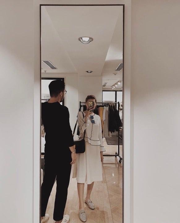 Thái Vũ cầu hôn con gái duy nhất của cựu đại diện Christian Dior Việt Nam lãng mạn như phim ngôn tình? - Ảnh 1.