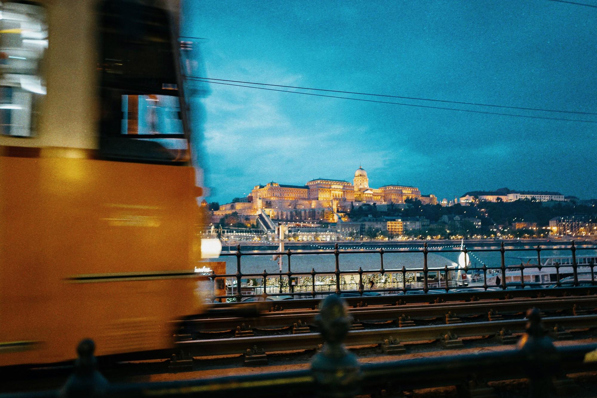 Theo chân anh bạn điển trai người Việt khám phá Budapest - thủ đô nổi tiếng đẹp như phim điện ảnh của Hungary - Ảnh 16.