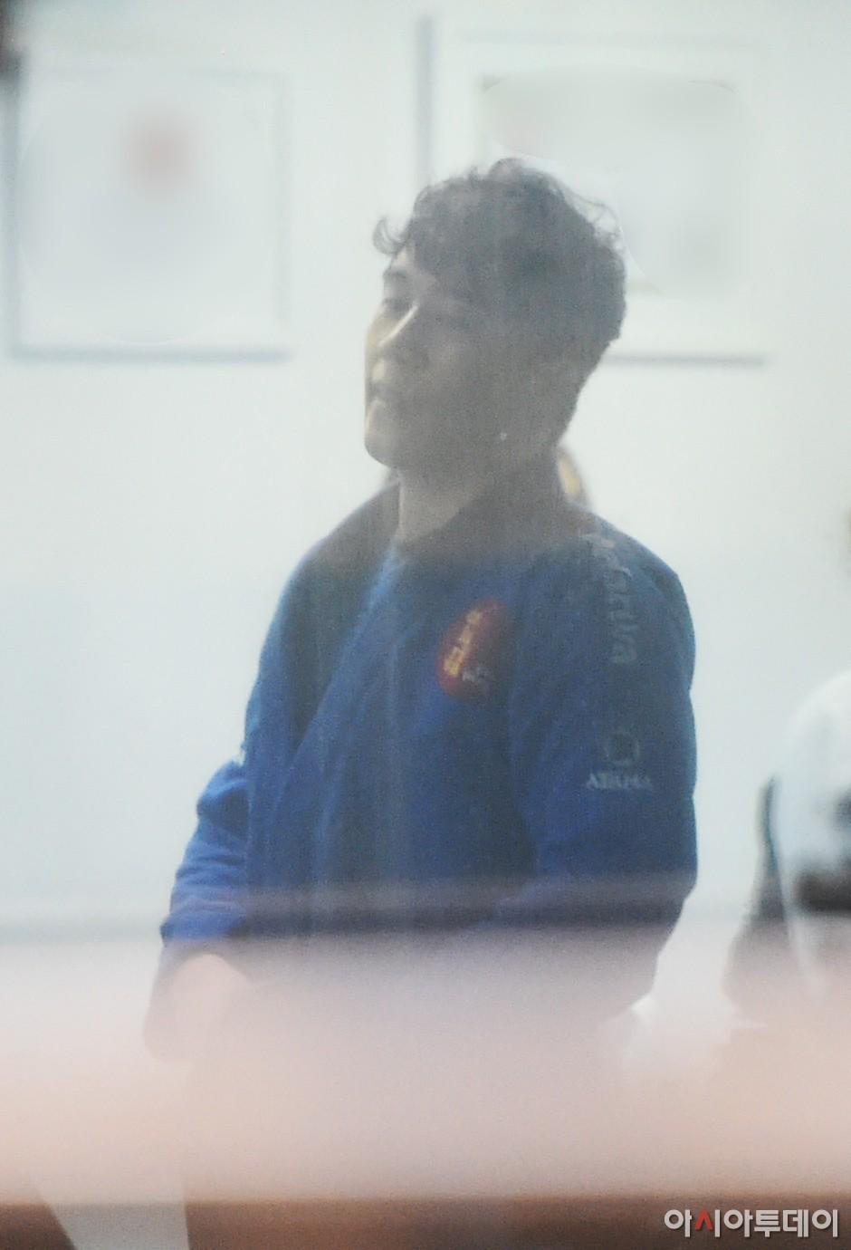 Sốc: Seungri vui vẻ đi tập gym sau khi tòa án hủy lệnh bắt, công chúng Hàn Quốc phẫn nộ và fan Việt vẫn bênh - Ảnh 6.