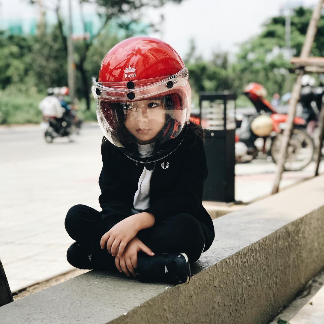 Con đạo diễn Việt Max có follow trên Instagram cao gấp đôi bố mẹ, thường xuyên bị nhầm là con gái vì lý do này! - Ảnh 11.