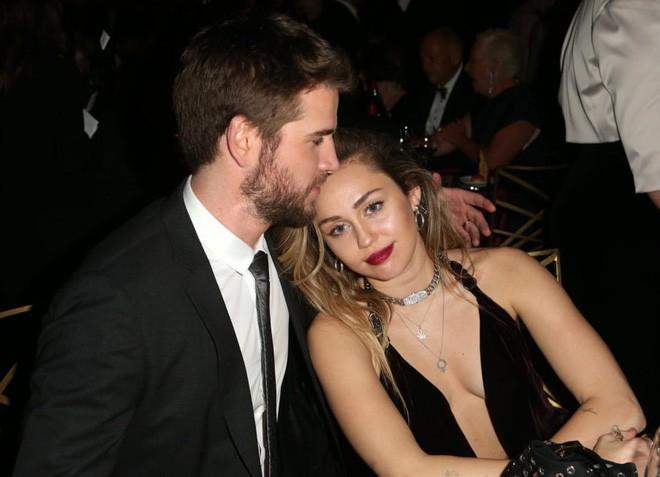 6 cặp đôi 9X đáng ngưỡng mộ nhất Hollywood: Mối tình của Justin hay Miley không xúc động bằng sao nhí Zack & Cody - Ảnh 9.