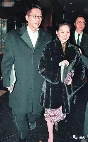 Hà Siêu Quỳnh: Ái nữ phản nghịch của gia tộc trùm sòng bạc Macau và 2 cuộc hôn nhân ngàn tỷ tan vỡ - Ảnh 18.