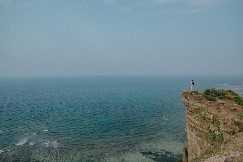 Cứ tưởng chụp ở nước ngoài, ai ngờ vùng biển trong vắt này lại nằm ngay ở Việt Nam mà lại còn rất dễ đi! - Ảnh 5.