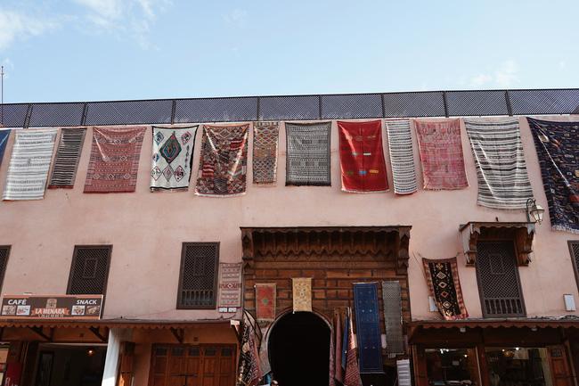 """Richkid Thảo Nhi Lê """"bội thu"""" ảnh đẹp sau chuyến đi đến Morocco - điểm đến kỳ lạ nhất thế giới: Ai bảo châu Phi chỉ có nắng và gió! - Ảnh 13."""