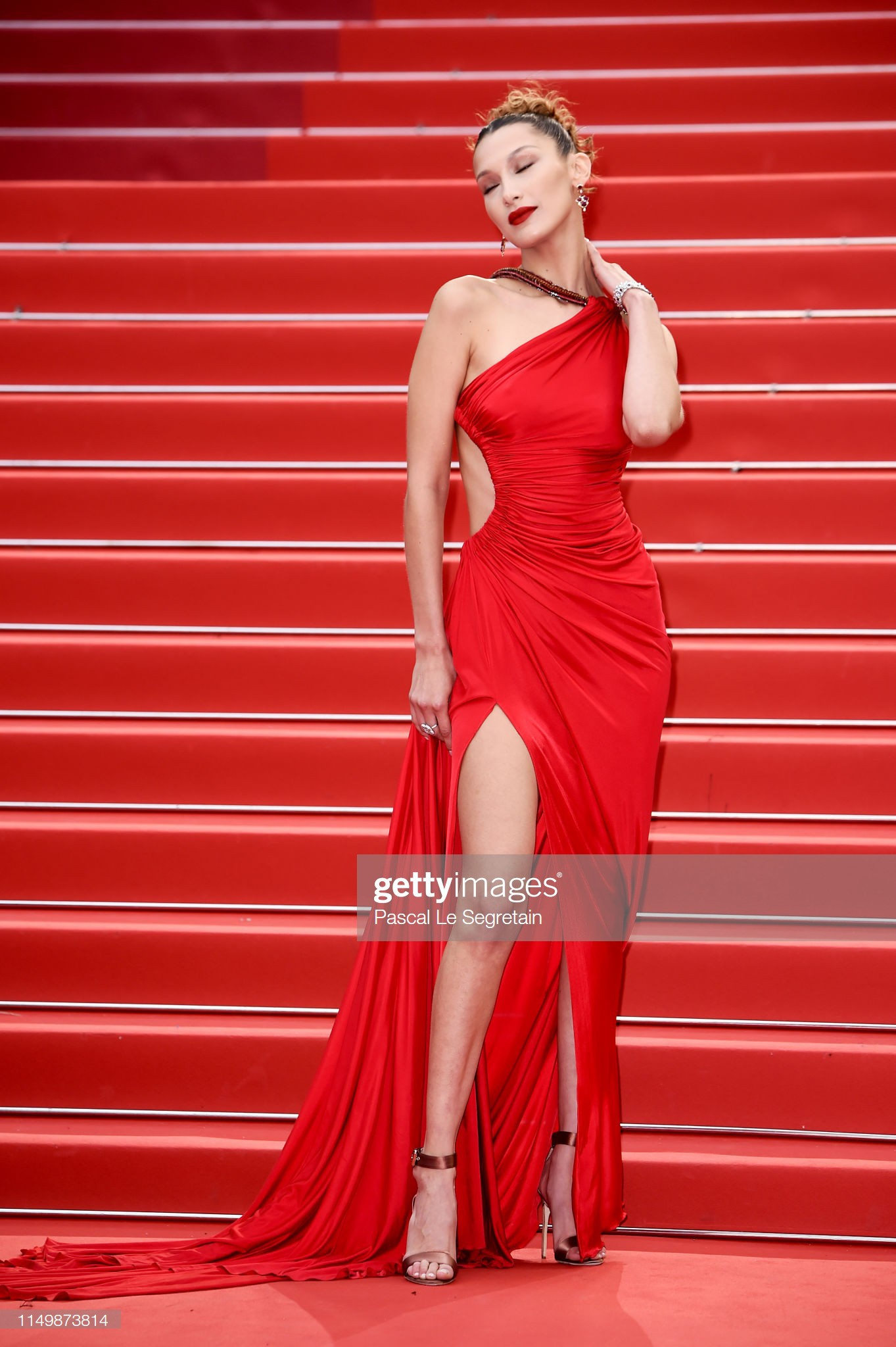 3 cấp độ quyền lực thảm đỏ ở Cannes: Phạm Băng Băng mới chỉ hạng VIP, còn Ngọc Trinh hạng chíp chíp? - Ảnh 13.