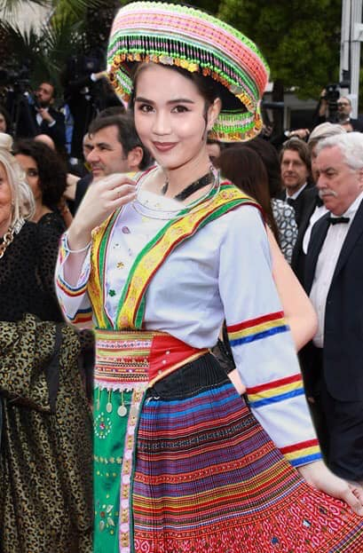 Ngọc Trinh ở Cannes mặc đồ lồ lộ quá, cư dân mạng đã nhanh chóng tân trang giải cứu ngay rồi đây - Ảnh 10.