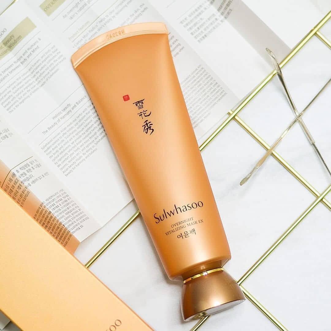 Để da khỏe đẹp và trẻ thật lâu, 4 mỹ nhân Việt đã nhờ cậy đến những sản phẩm dưỡng da, chống lão hóa này - Ảnh 4.