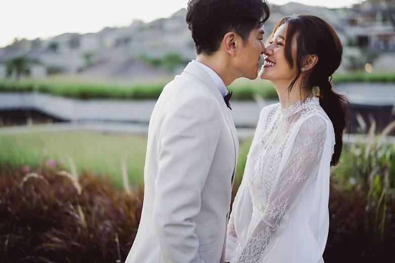 Đám cưới cổ tích bất ngờ của cặp đôi mỹ nam Cung Tâm Kế và nữ diễn viên Mái Ấm Gia Đình sau 5 năm bên nhau - Ảnh 3.
