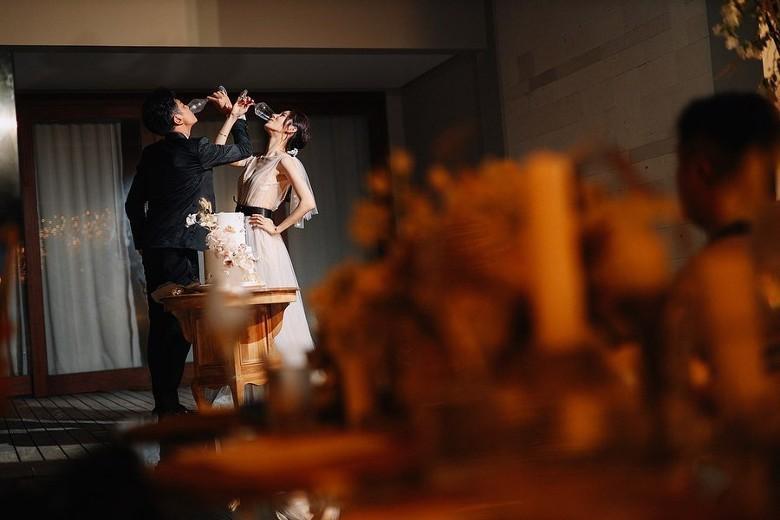 Đám cưới cổ tích bất ngờ của cặp đôi mỹ nam Cung Tâm Kế và nữ diễn viên Mái Ấm Gia Đình sau 5 năm bên nhau - Ảnh 7.